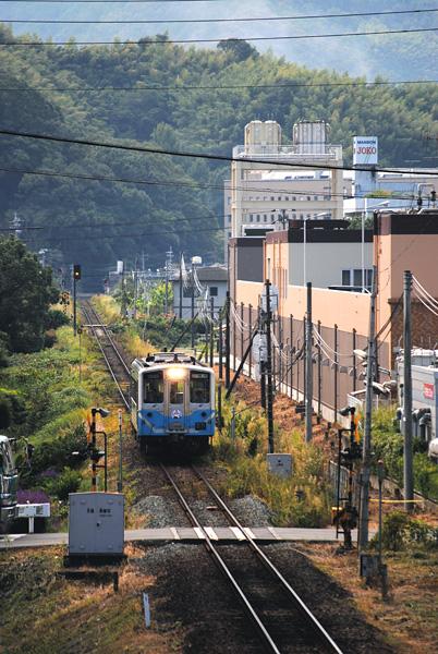 http://www.jr-shikoku.co.jp/viewpoint/ehime/photo/kitauwajima.jpg